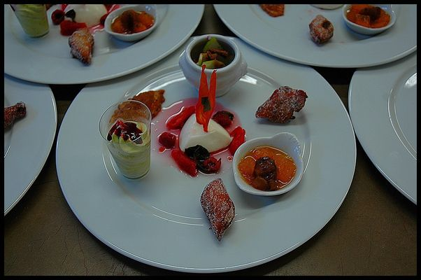 assiette de desserts fruits et légumes