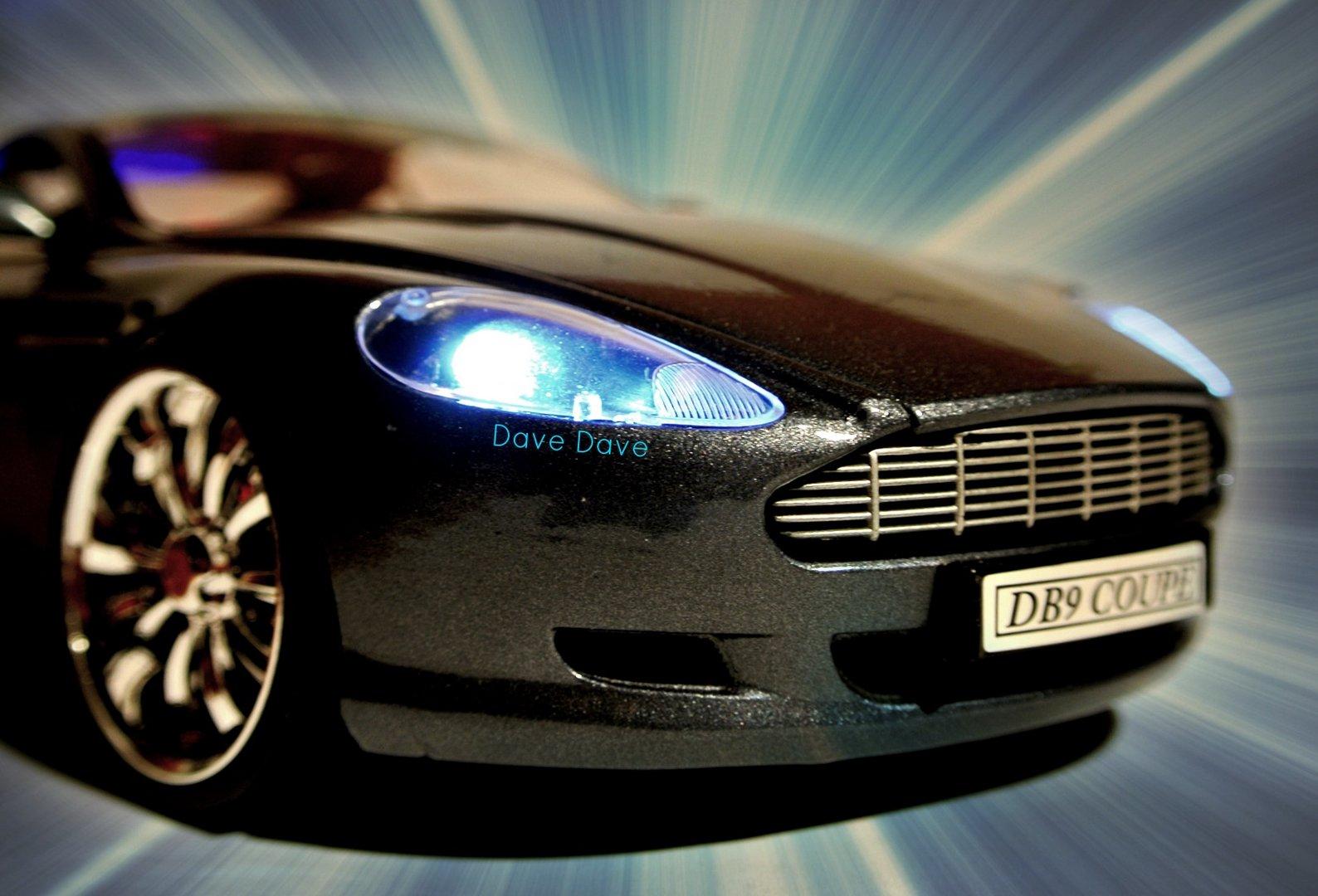 Aston Martin -2-