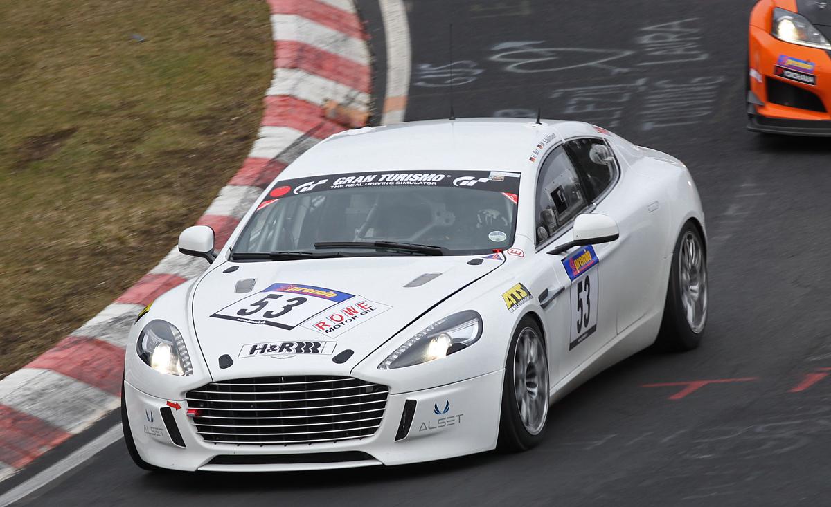 Aston Martin 4türer