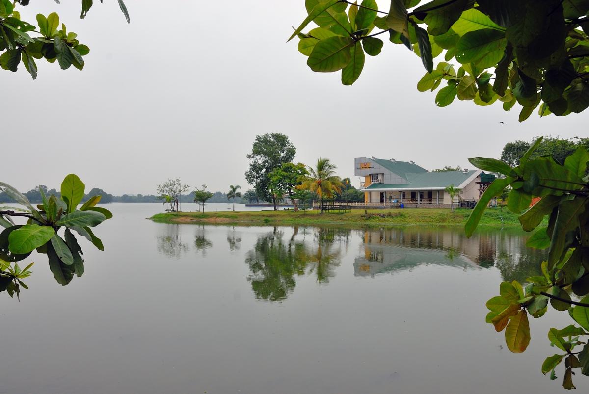 At the Inya Lake in Yangon