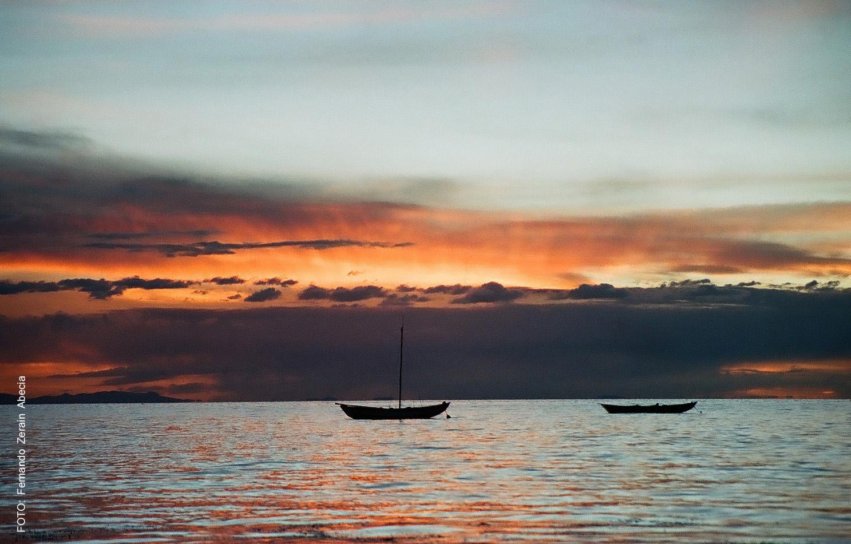 Atardecer en el Lago Titicaca (La Paz)
