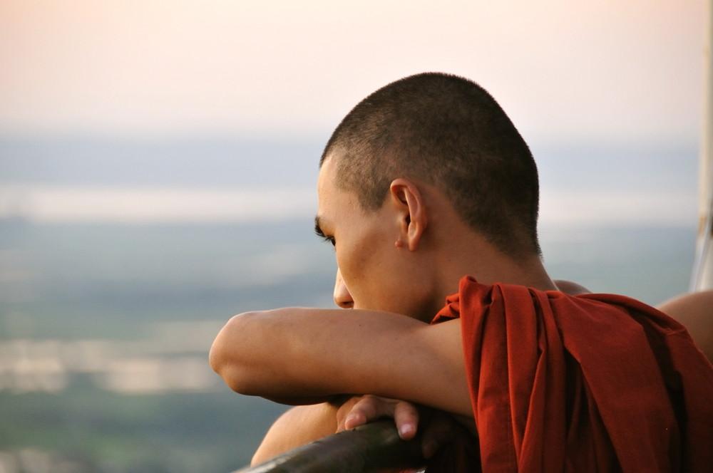 atardecer en la colina de Mandalay (Myanmar)