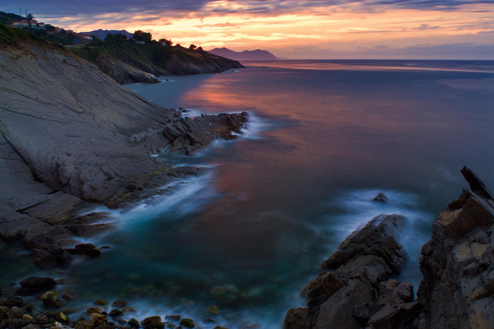 Atardecer en la costa de Cantabria