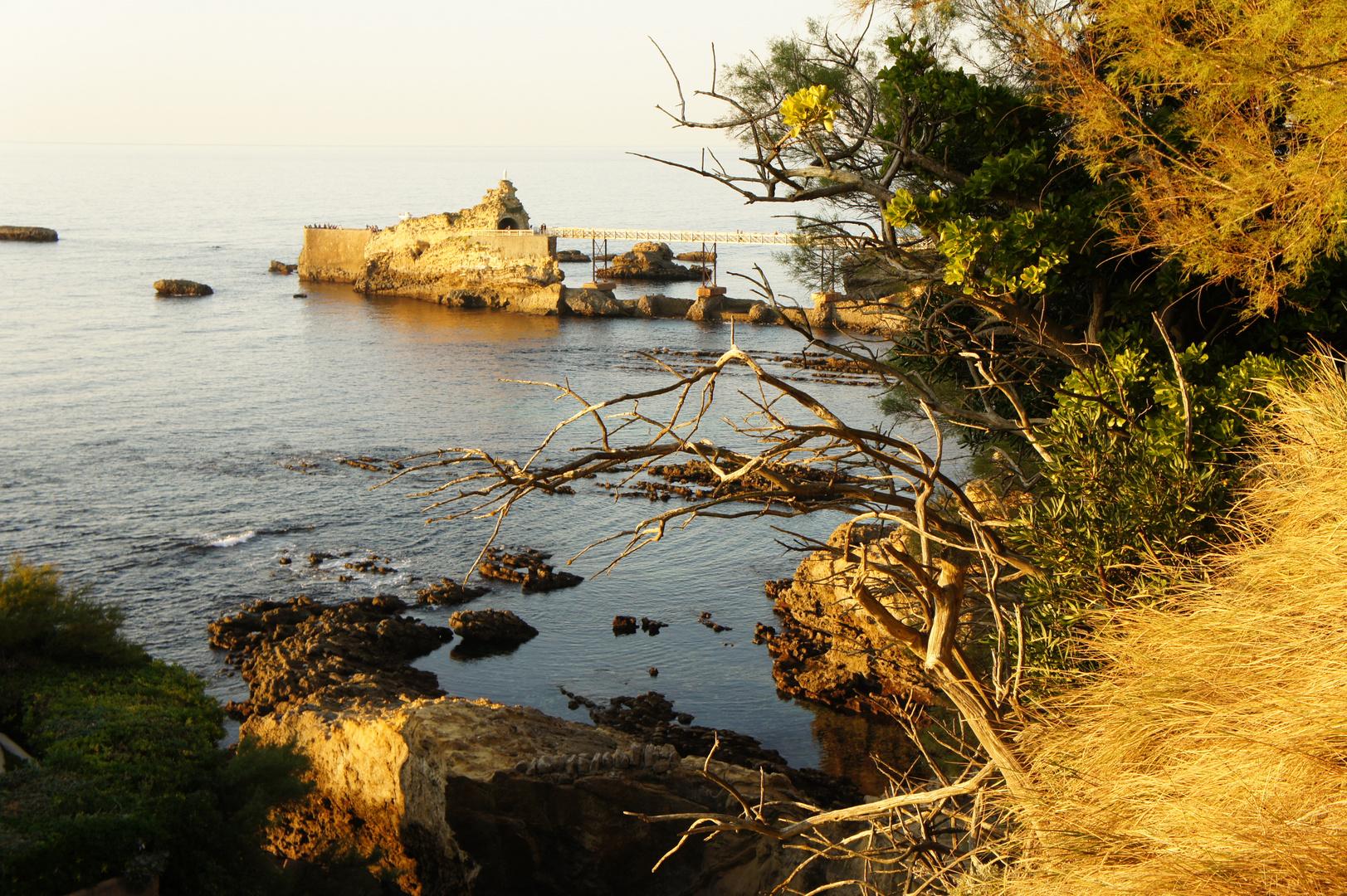 atardecer en otoño . Biarritz