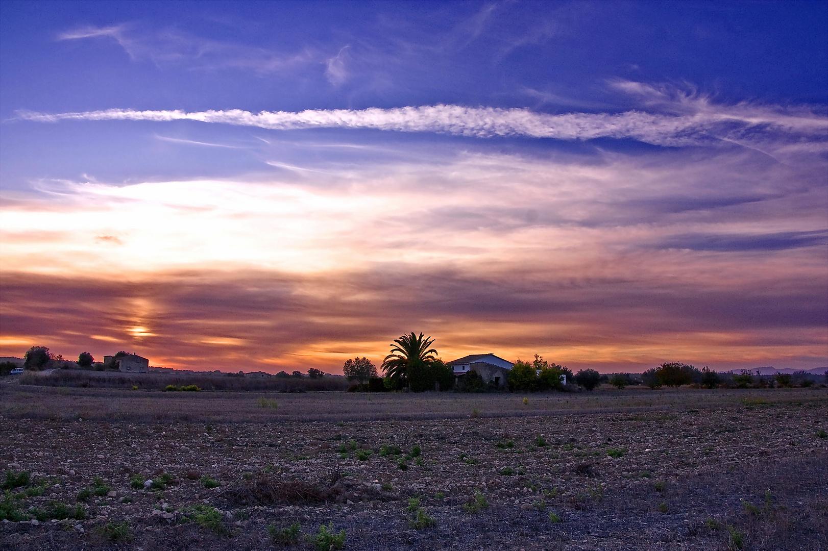 Atardecer rural (DEDICADA A AMADO CALVO)
