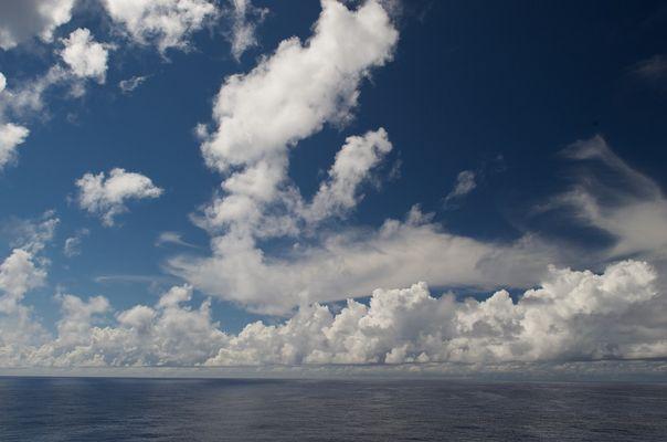 Atlantik, W 51.918 N 26.384
