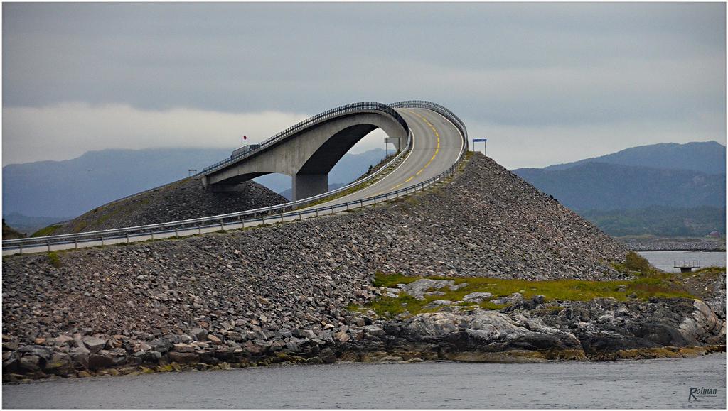 Atlantikküstenstraße von Molde nach Kristiansund (Norwegen)
