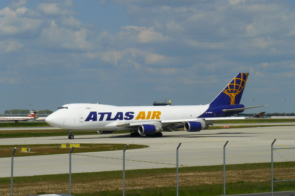Atlas Air in LEJ