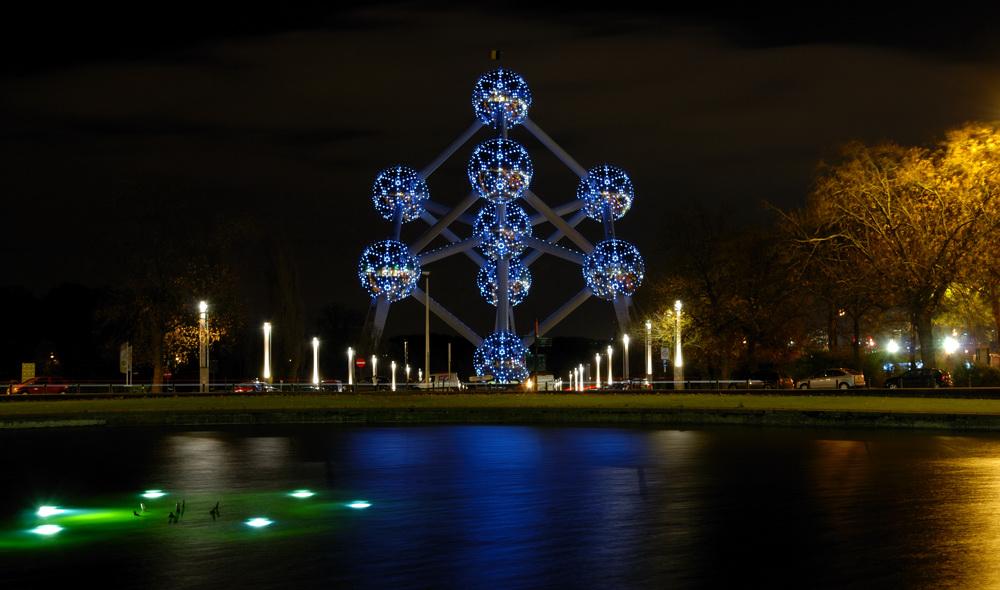 Atomium blues