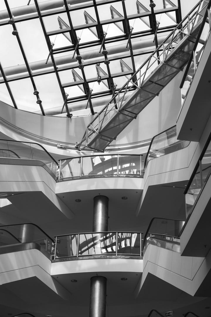 Atrium der USS Enterprise