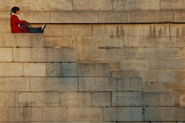 attente en bord de Seine