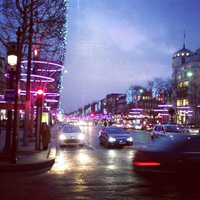 Au coeur des Champs Elysées