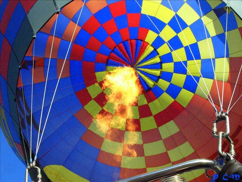 Au cœur d'une montgolfière
