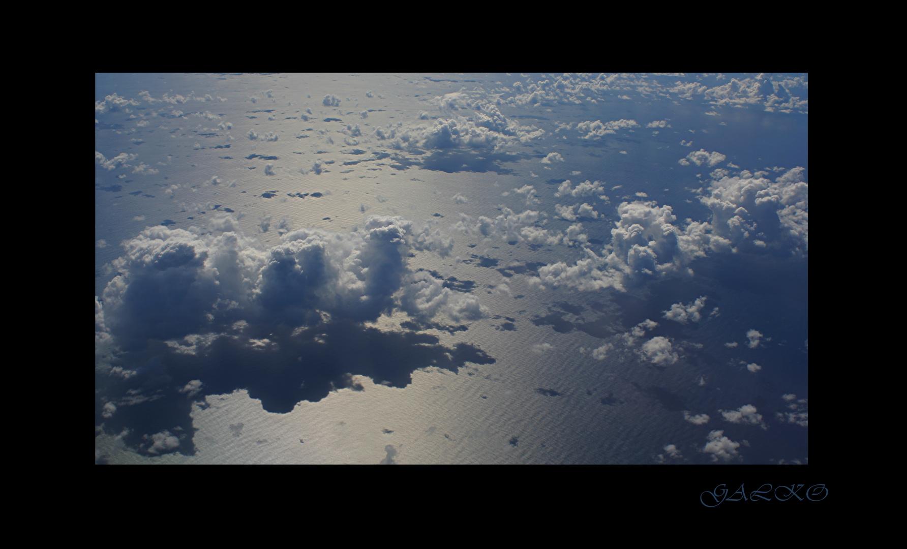 au dessus de l'océan