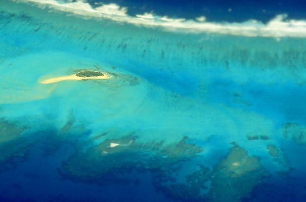 Au dessus la Polynésie