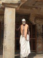 Au détour d'une colonne dans un temple à Tanjore