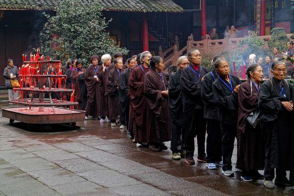 Au temple de Wannian, Sichuan, Chine.