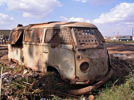 Auch der T1 ist in Kenia eine sehr beliebtes Auto