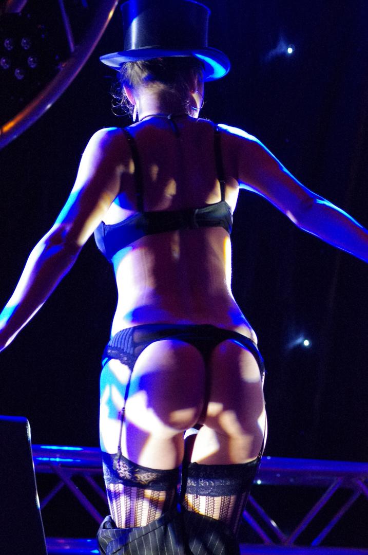 Auch ein schöner Rücken kann entzücken !!!!!!!