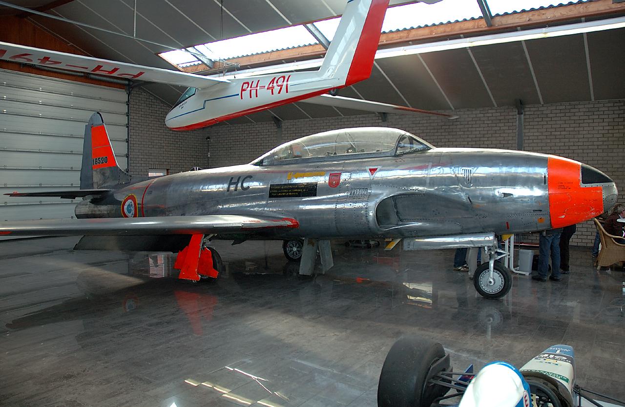 Auch eine French Air Force T33 findet sich in Baarlo