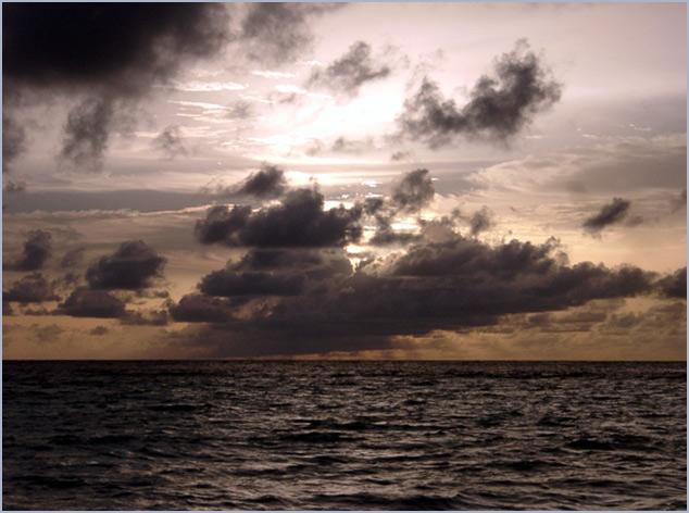 Auch im Paradies gibt es Wolken ...