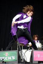 Auch mit einen Umhang kann ich hoch springen!