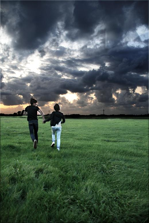 Auch wenn sich über uns der Himmel verdunkelt..