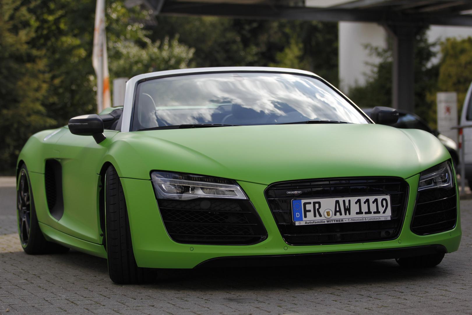 Audi R8 Spyder- Spielzeug für große Jungs