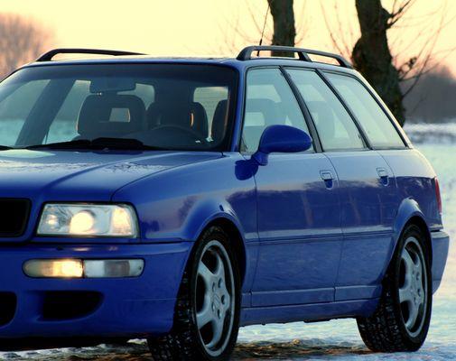 Audi RS2 V