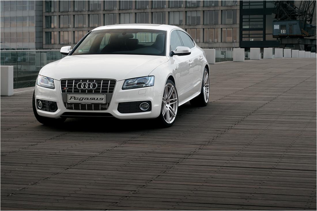 Audi S-5