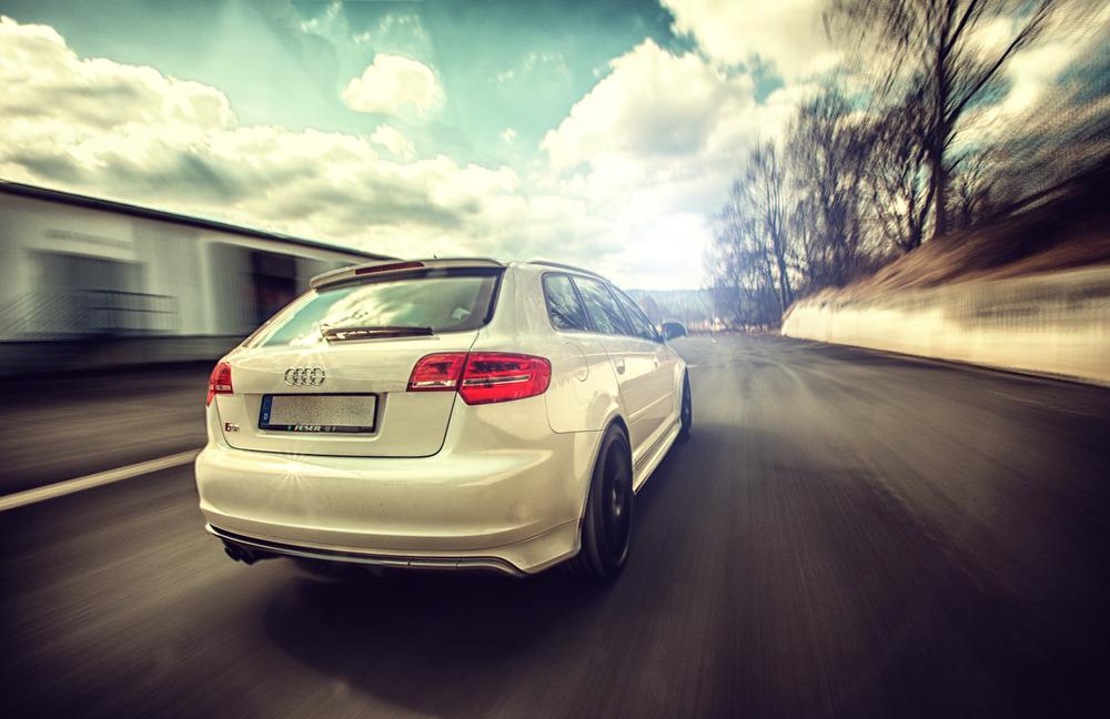 >> Audi S3 drive