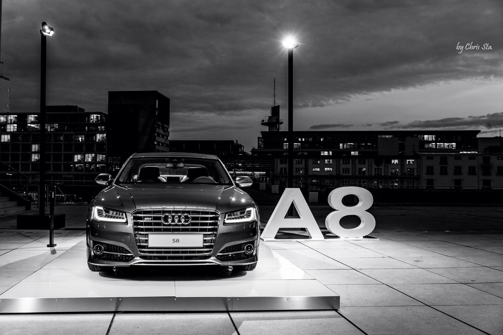 Audi S8 - 2014