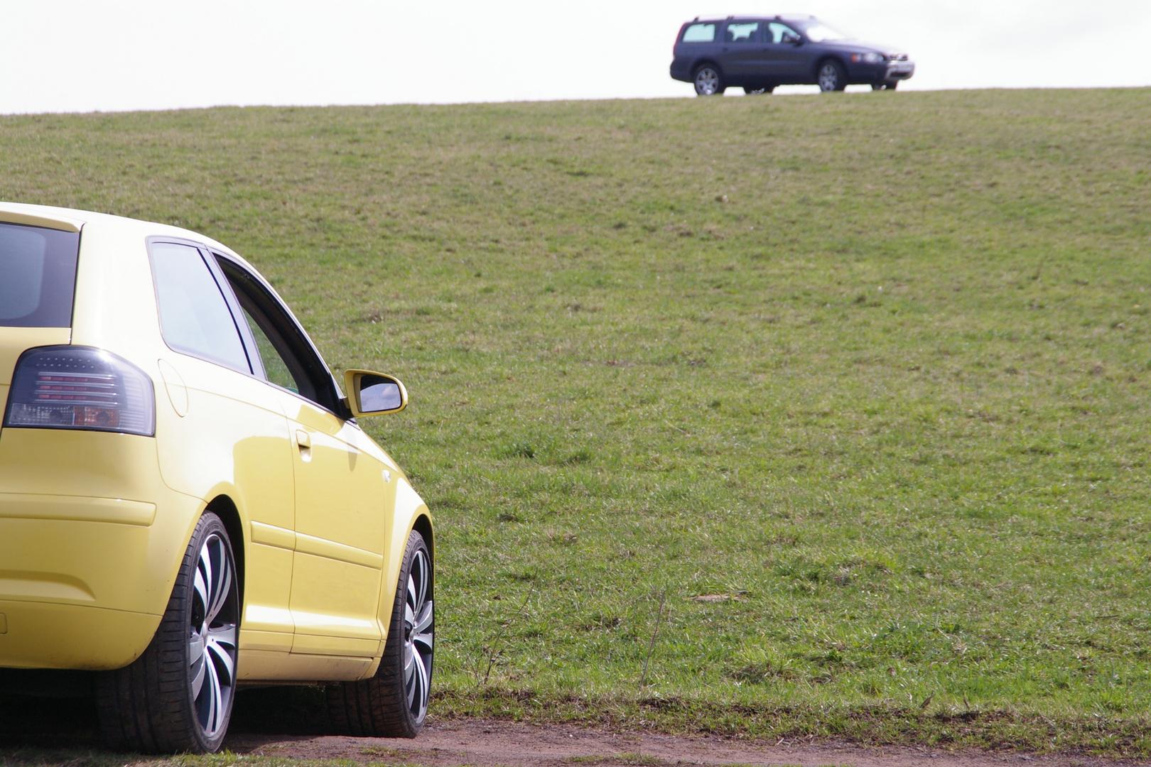 Audi + Volvo Xc70 am horizont