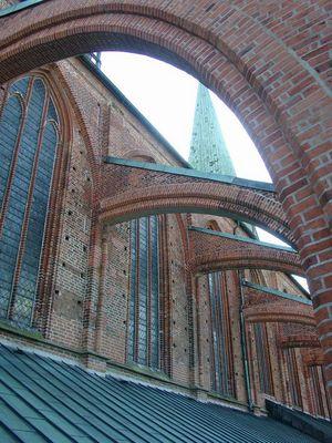 Auf dem Dach der Marienkirche in Lübeck