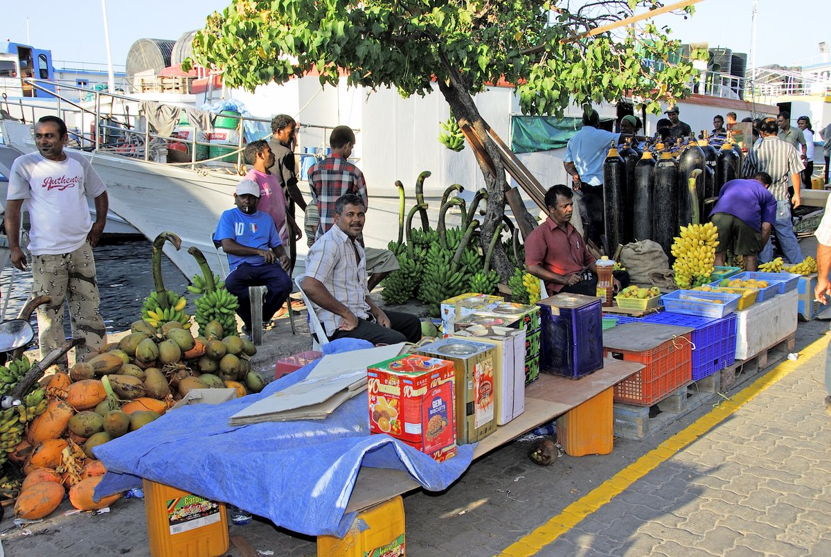 Auf dem Gemüsemarkt in Malé