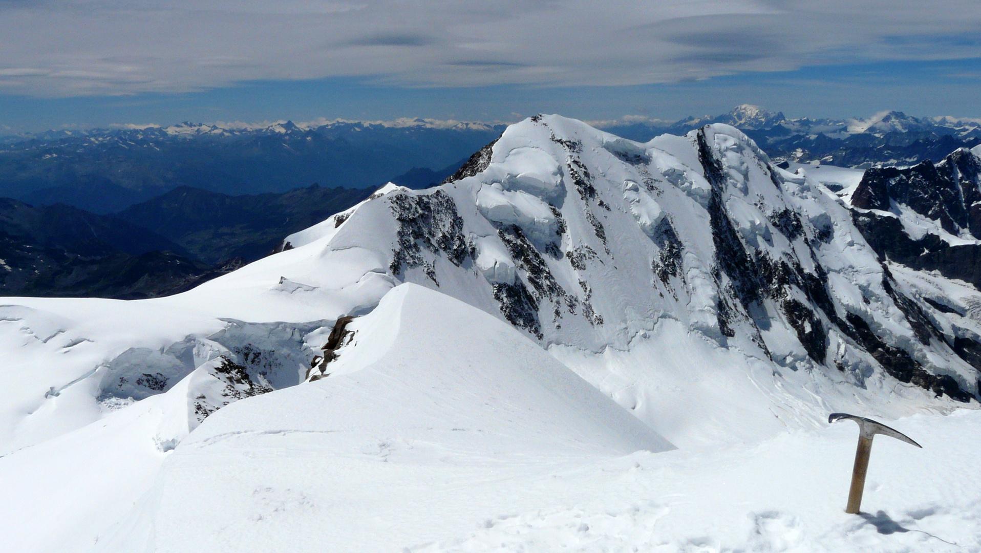 Auf dem Gipfel der Zumsteinspitze