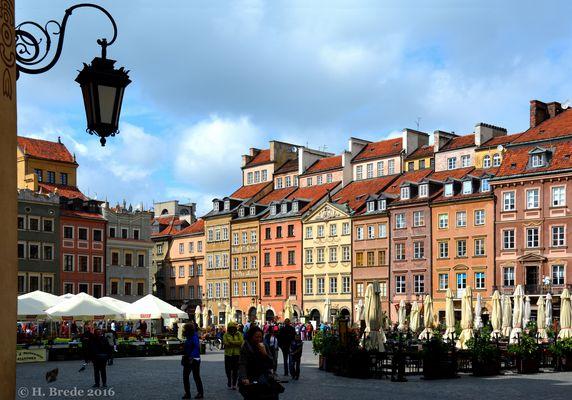 Auf dem Marktplatz in Warschau