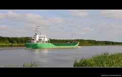 Auf dem Nord-Ostsee-Kanal