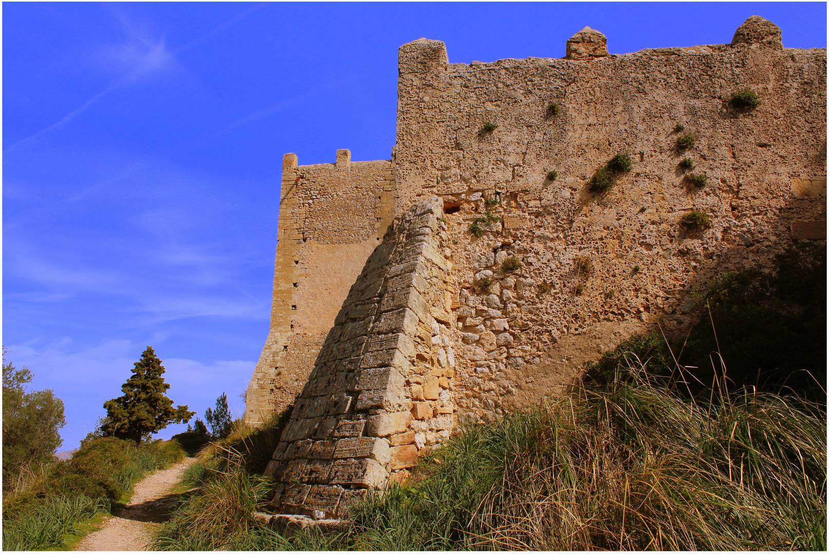Auf dem Puig de Santa Maria bei Pollensa