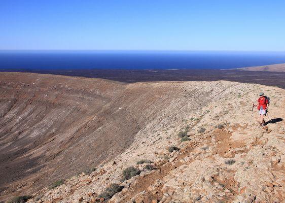 Auf dem Rande des Kraters
