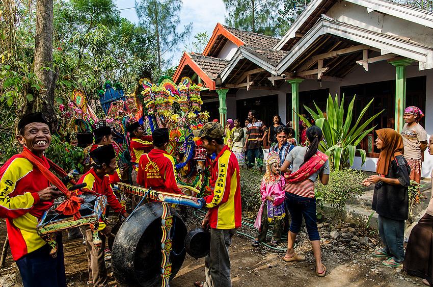 Auf dem Weg zur Zeremonie (2)