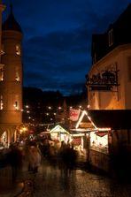 Auf dem Weihnachts- markt zu Schwarzenberg