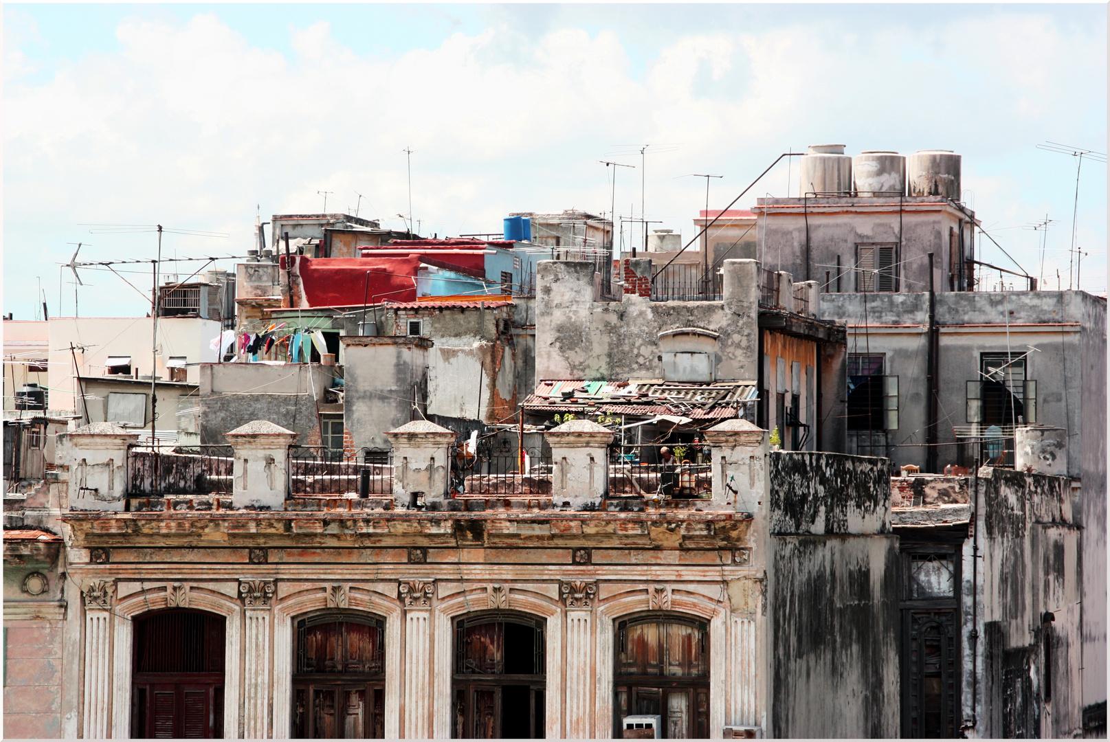 Auf den Dächern Havannas