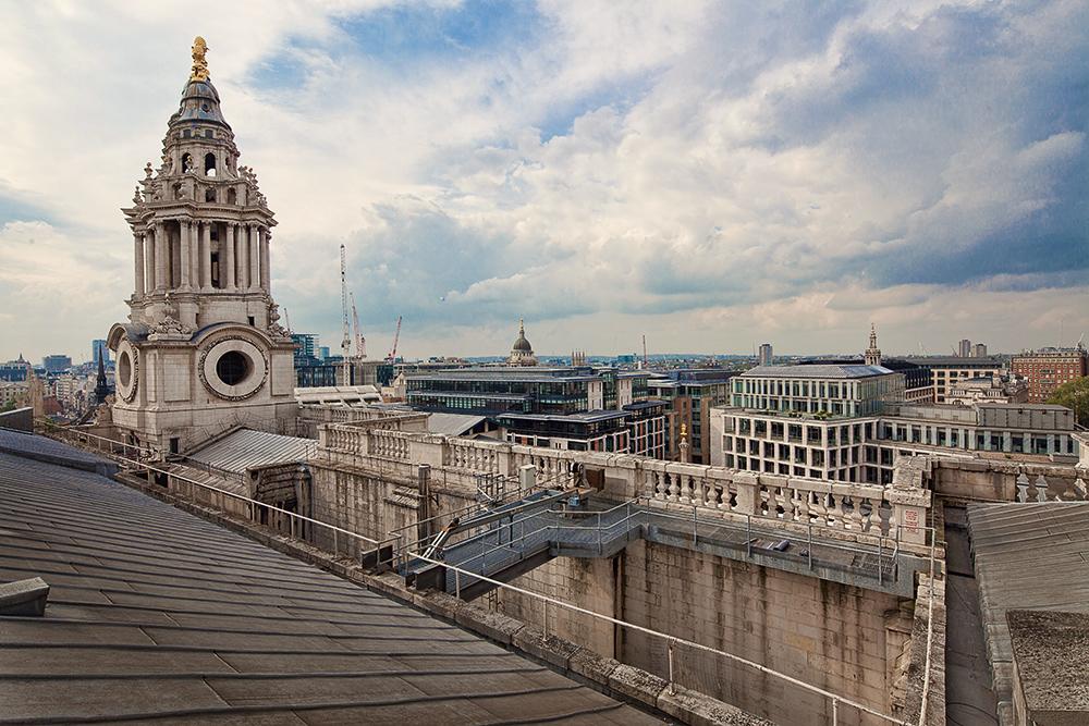 Auf den Dächern von St.Paul's...
