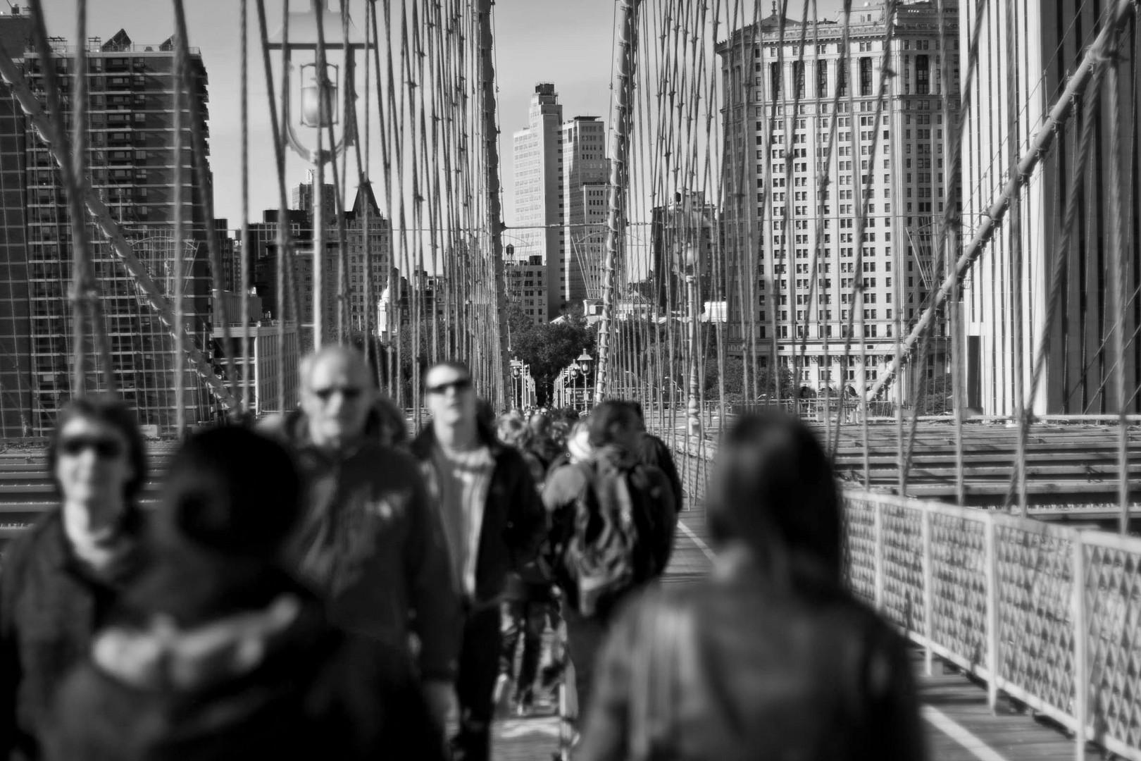 Auf der Brooklyn Bridge - Mittendrin