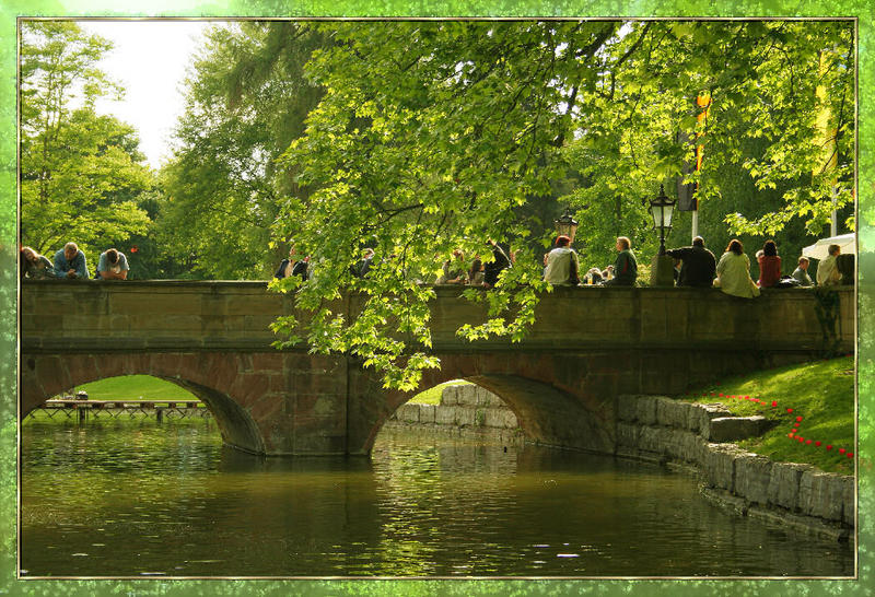 Auf der Brücke zum Innenhof zum Schloss Eichtersheim
