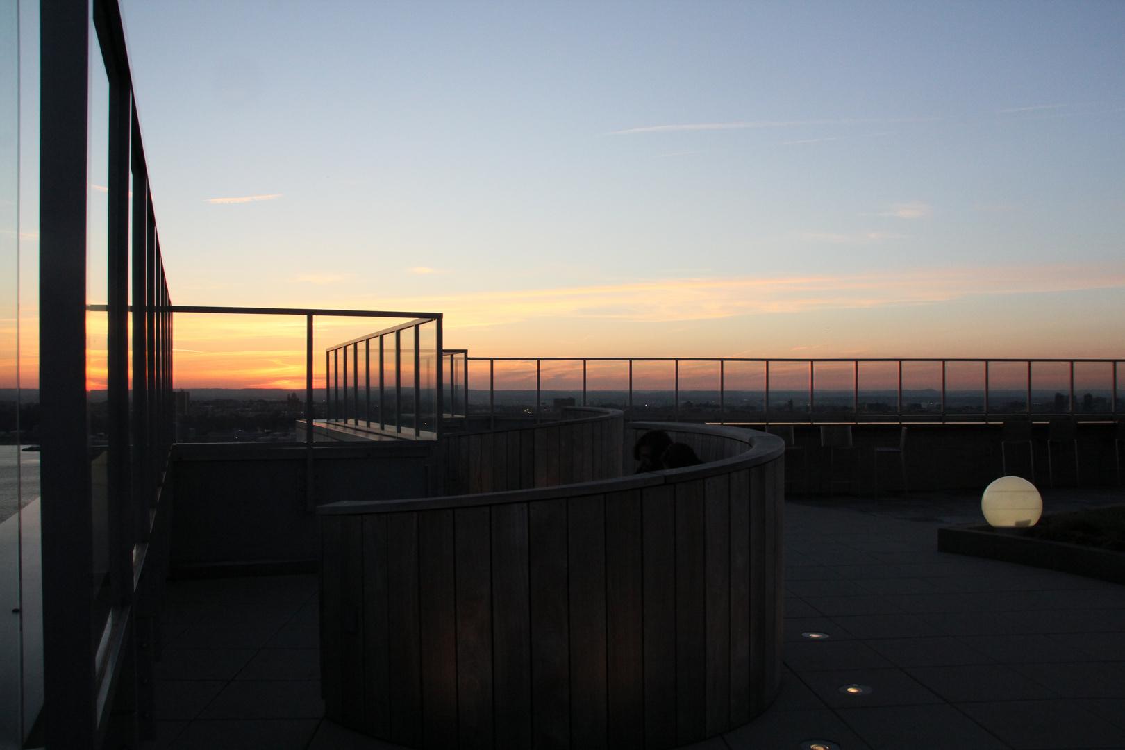 Auf der Dachterrasse