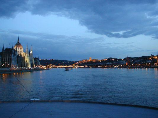 auf der Donau am Abend....