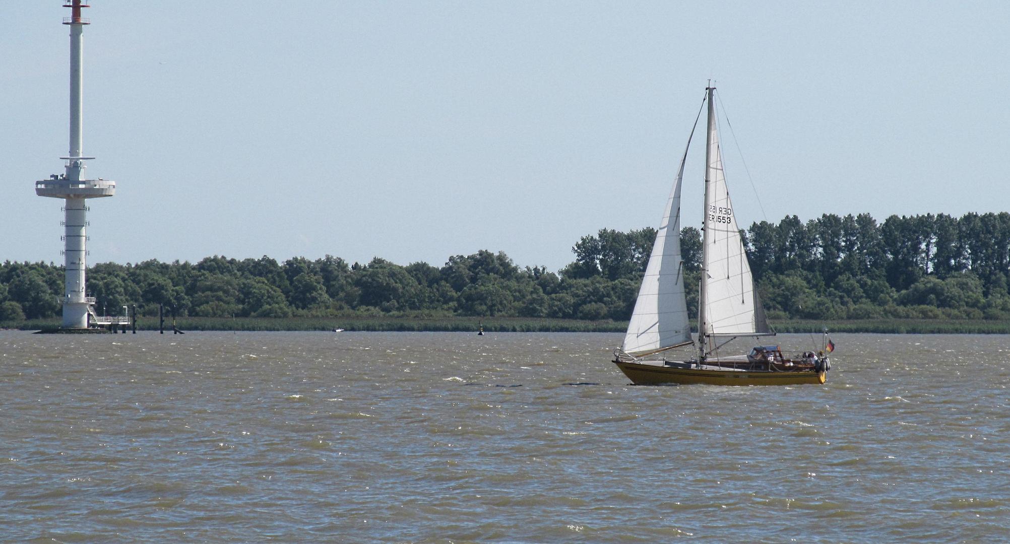 auf der Elbe segeln ...