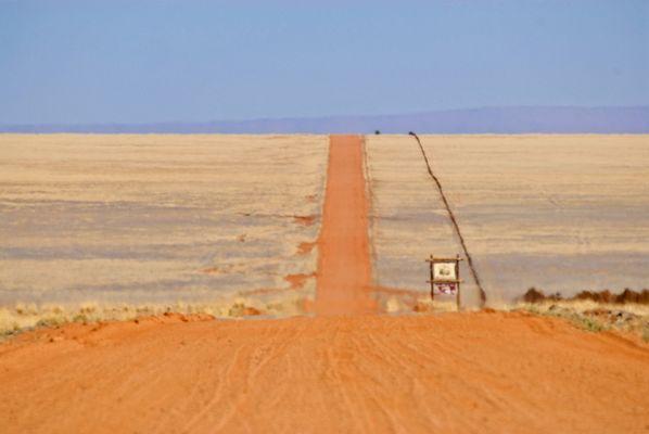 auf der fahrt durch die tirasberge in namibia